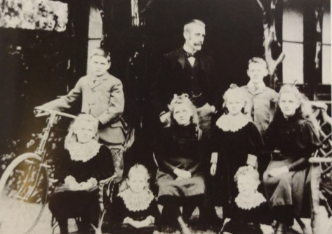 F.H. Pyman at Dunsley with eight of his children (The Pyman Story)