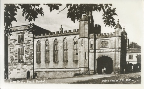 Illam Hall Youth Hostel (derbyshirepostcards.co.uk)