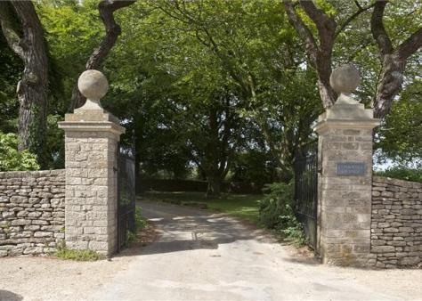 Conkwell Grange Gates (Knight Frank)
