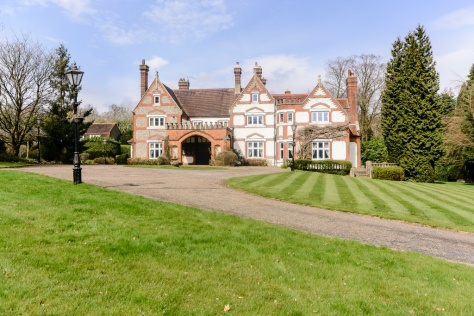 Kingswood Manor 1