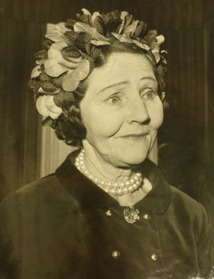 Lady Serena James (The Peerage)