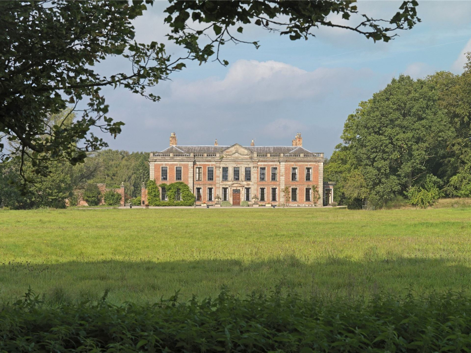 Oakley Hall 3 (Savills)