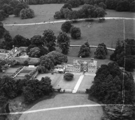 Dullingham House 1951 (Britain from Above)