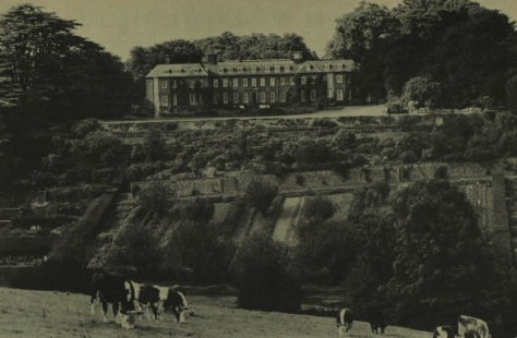 Upton House - Illustrated London News - 1 Oct 1974 (BNA)