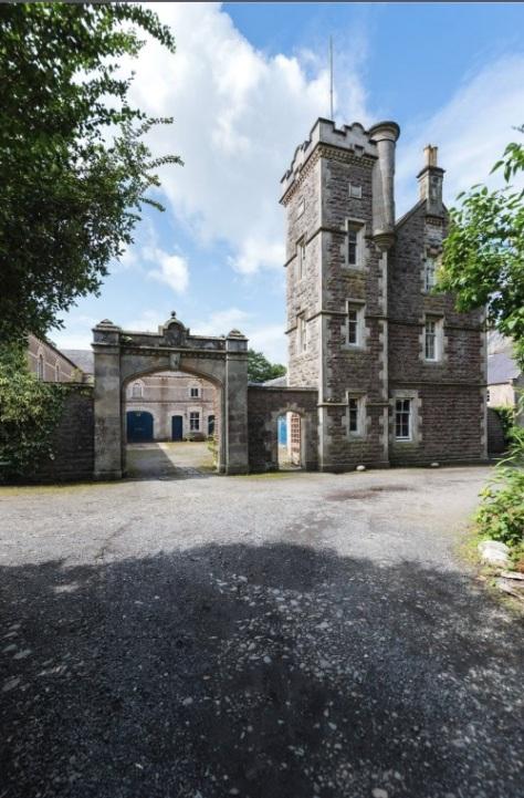 gilford castle - savills - 2018 (4)