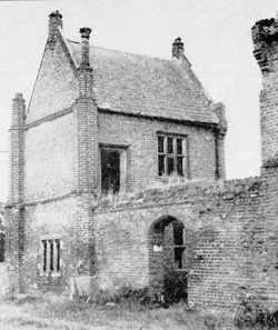 Beaupre Hall - Norfolk - Lost Heritage (4)