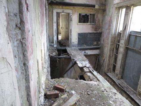 Upstairs Beam-min