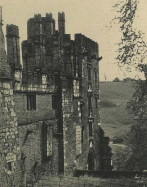 Haddon Hall - The Illustrated London News - Jan 16 1926 - BNA (4)