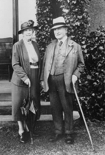 Lord and Lady Dixon - Lisburn-com (1)